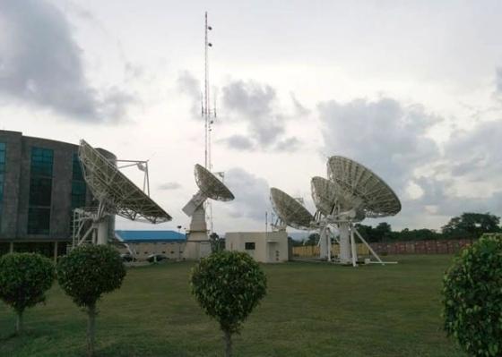 140919_FT_Satellites.jpg.CROP.promo-mediumlarge
