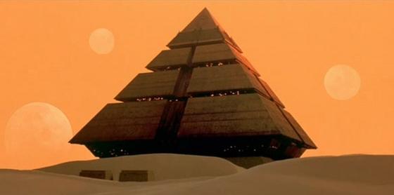 Pyramid_ship