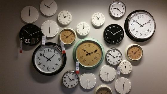 wall-clocks-534267_640